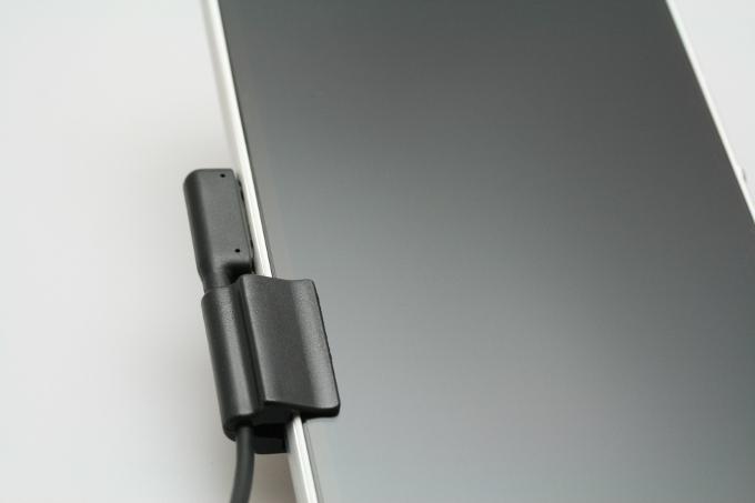 SANWA SUPPLY サンワサプライ Xperia用充電変換アダプタ (microUSB-充電端子) ブラック AD-USB21XP