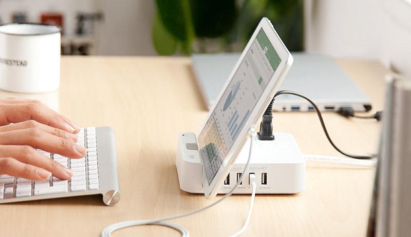 サンワダイレクト USB充電ポート付 電源タップ 700-TAP018